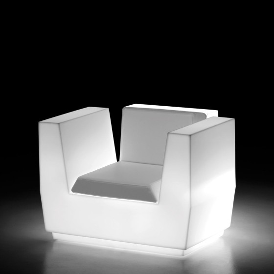 PLUST - POLTRONA BIG CUT ARMCHAIR LIGHT DESIGN MATALI CRASSET